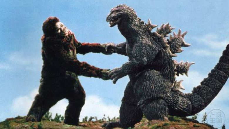 Description: Macintosh HD:Users:eliseofigueroa:Desktop:blog:godzilla-vs-king-kong.jpg